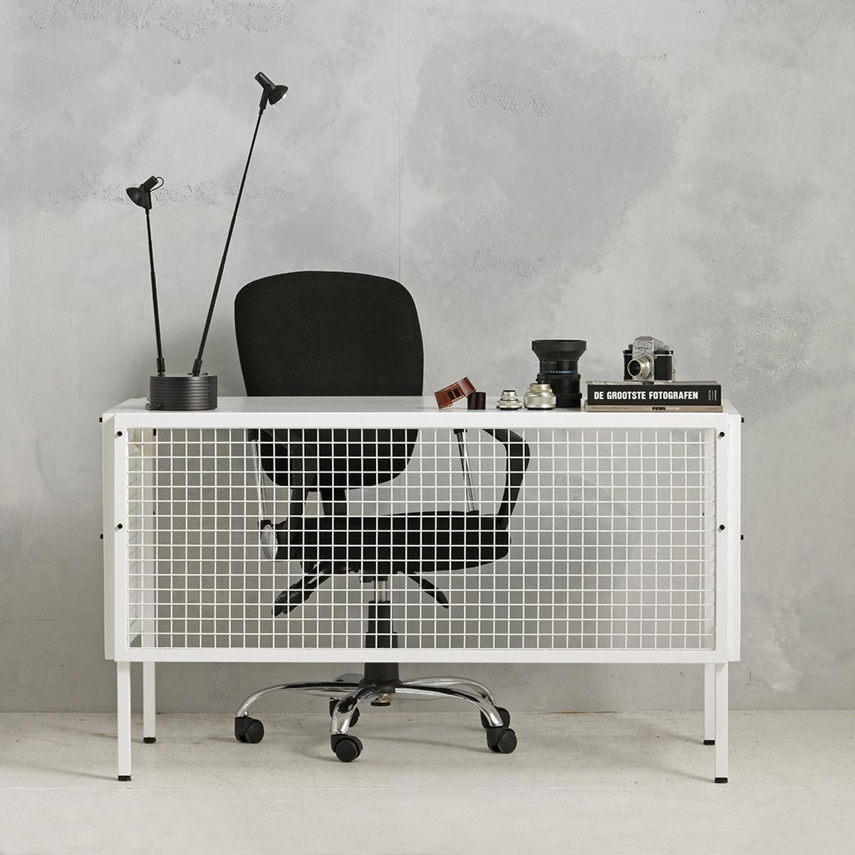 Industrieel metalen bureau - wit - 75.2x130.7x62 cm - LCS-111